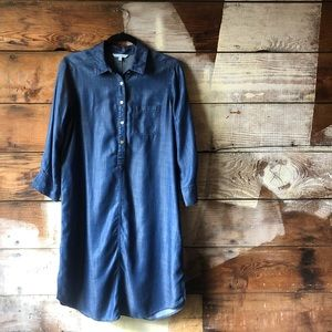 Foxcroft Size 6 Tunic-Dress with Pocket & Buttons